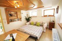 Wohnzimmer unserer Ferienwohnung als zusätzliches Schlafzimmer